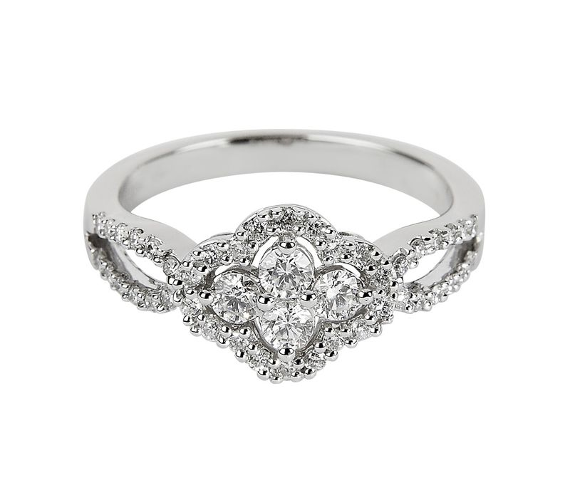 1140x1140_fitbox-vintage_collection_18ct_diamond_dress_ring